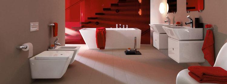 Badkamer met strakke geometrische vormen