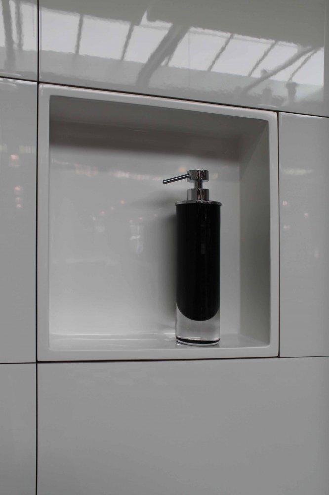 luca muurnissen voor de badkamer product in beeld startpagina