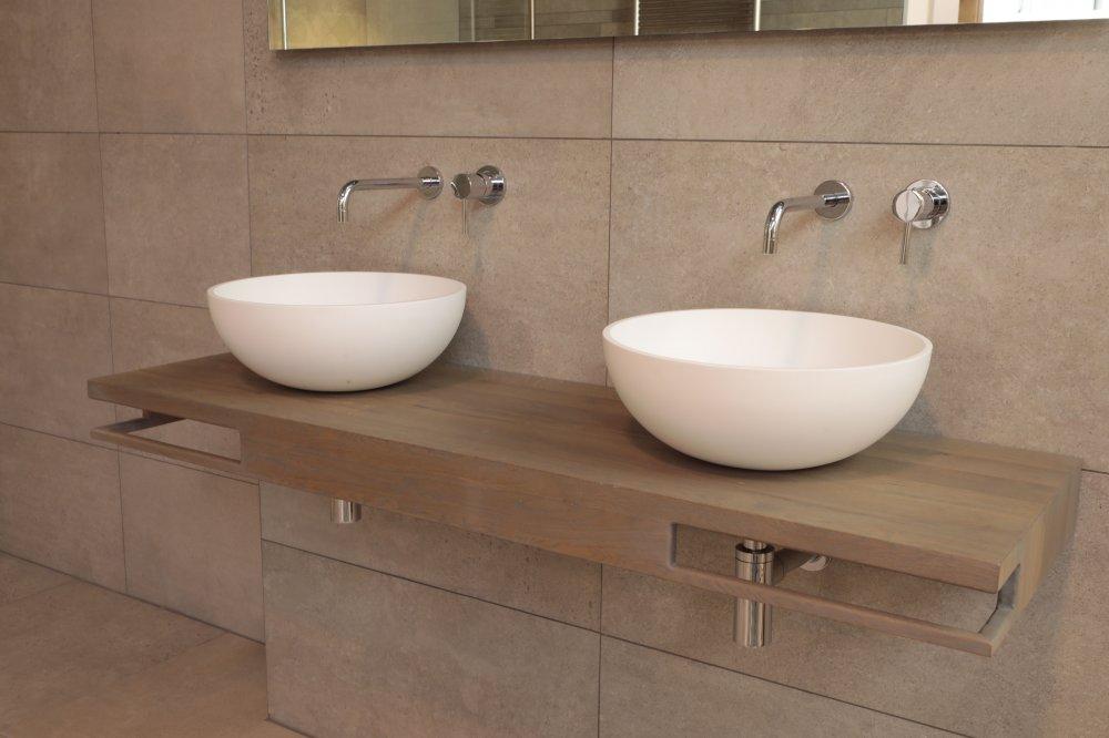 Eiken Werkblad Badkamer : Witte keuken met grijs werkblad nieuw badkamer witte en grijze