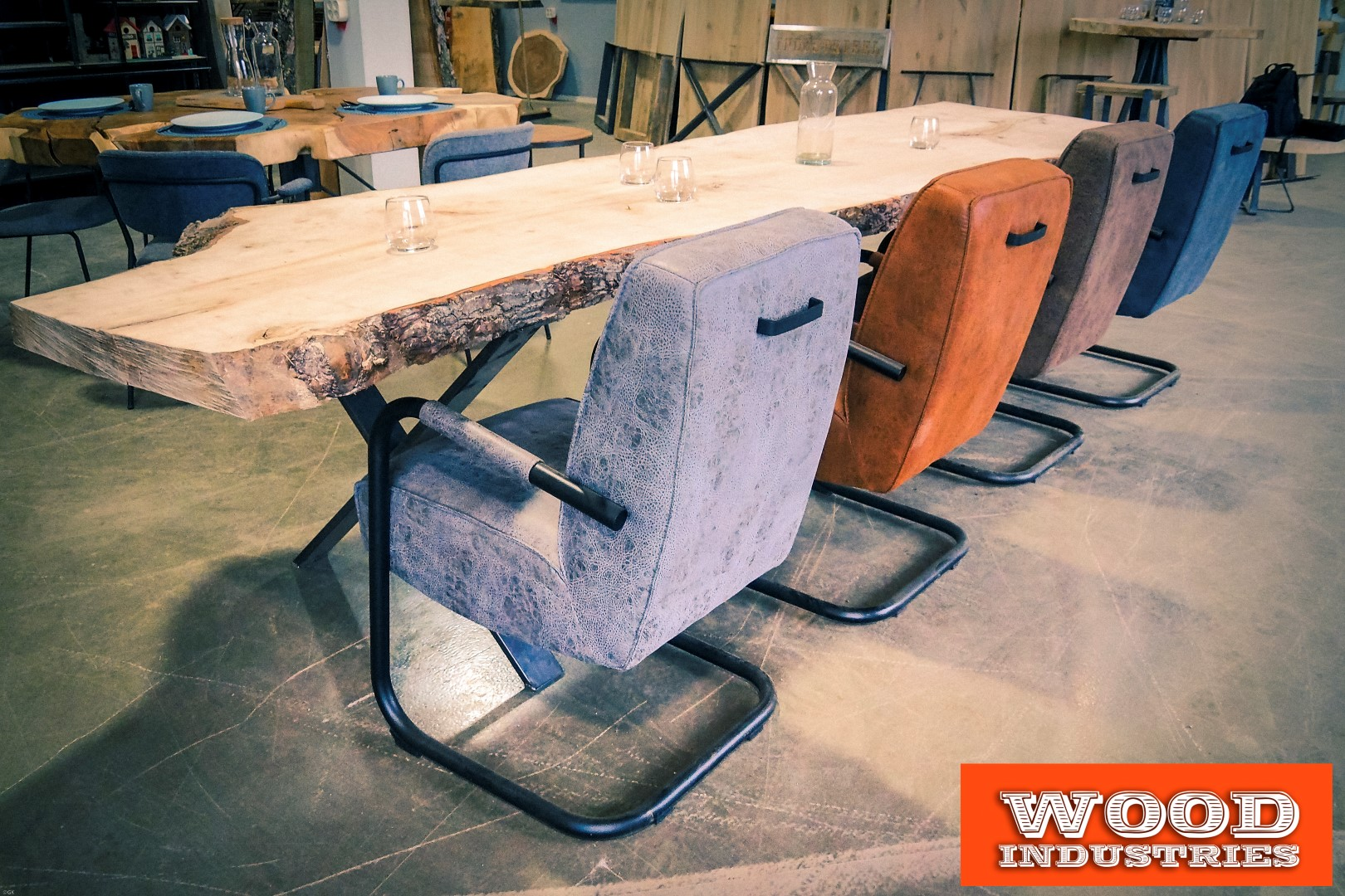 Eiken boomstamtafel | Woodindustries