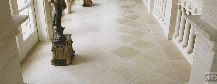 Lichte travertin vloer | Michel Oprey & Beisterveld