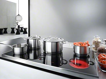 miele inductie kookplaten product in beeld startpagina voor keuken idee n uw. Black Bedroom Furniture Sets. Home Design Ideas
