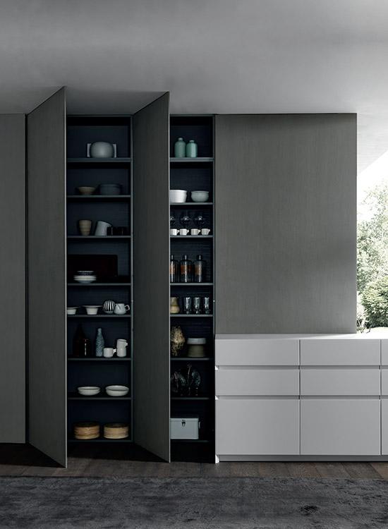 Designkeuken met hoge wandkast | Modulnova