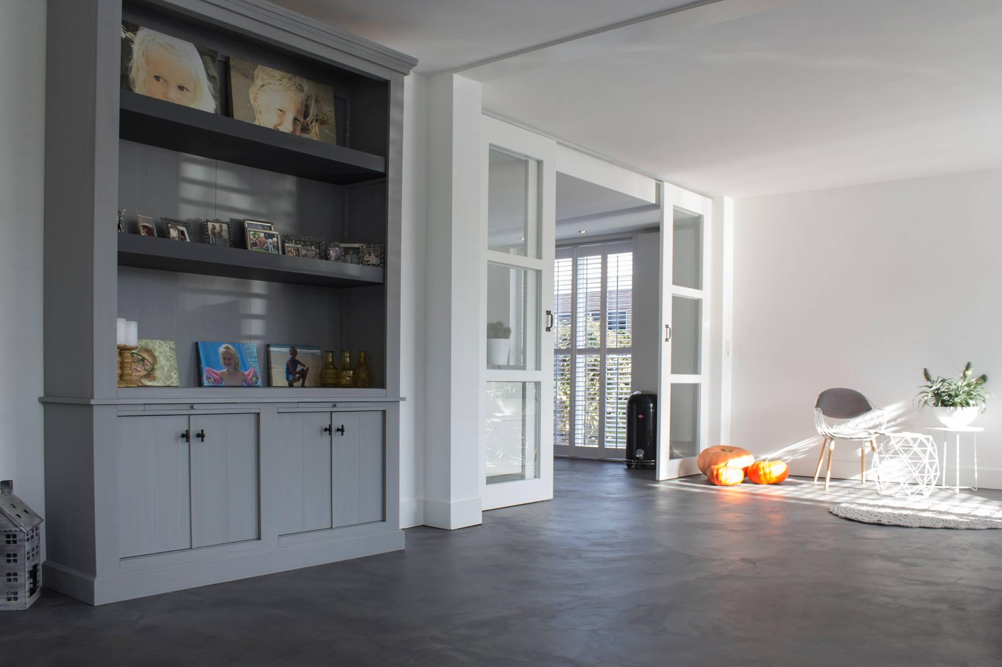 Landelijk Keuken Gietvloer : Motion nature gietvloer product in beeld vloerbedekking