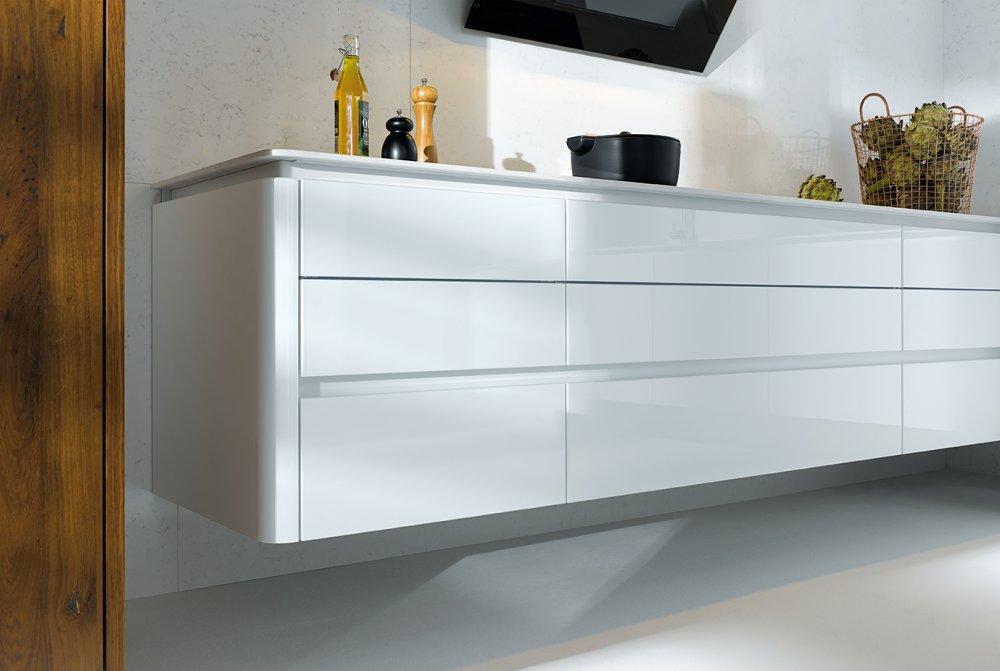 next125 nx501 kristalwit hoogglans nx650 oud eiken product in beeld startpagina voor keuken. Black Bedroom Furniture Sets. Home Design Ideas