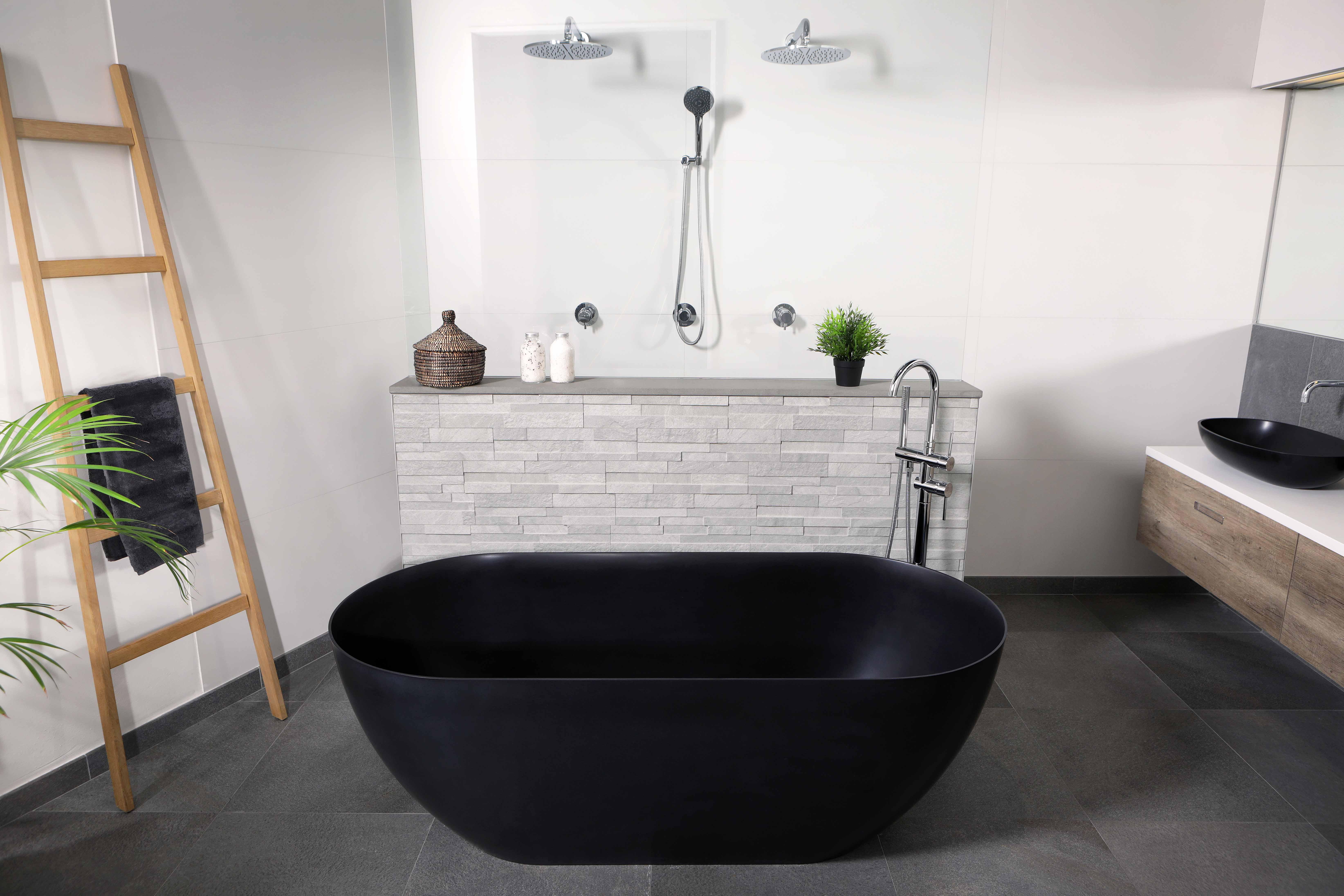Vrijstaand zwart bad van solid surface - LUVA1750A