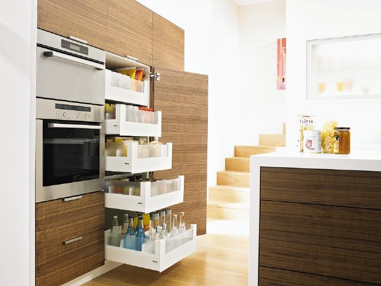hoekkast space corner en voorraadkast space tower product in beeld startpagina voor keuken. Black Bedroom Furniture Sets. Home Design Ideas