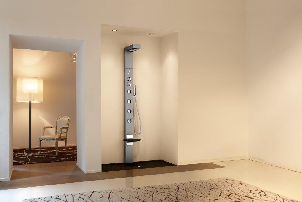 Novellini douchepanelen product in beeld startpagina voor badkamer idee n uw - Douche italiaans ontwerp ...