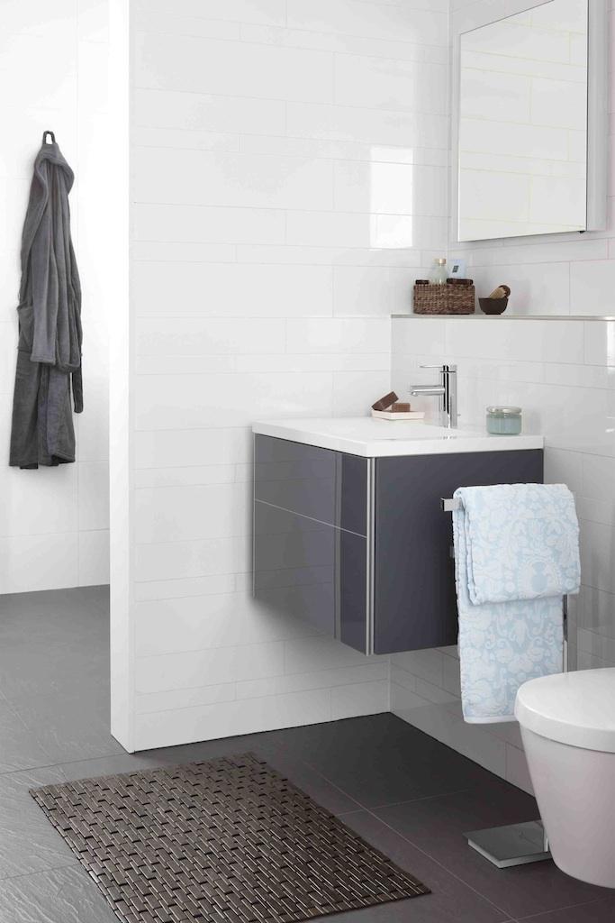 Baden tijdloze badkamer product in beeld startpagina voor badkamer idee n uw - Wasgoed in de badkamer ...