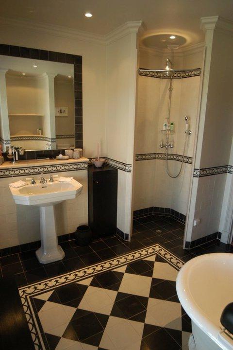 Vloertegels Keuken Verven : Keuken Vloertegels Zwart Wit : Natuursteen marmer travertin gepolijst