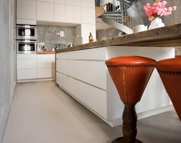 Duurzame houten design keuken restylexl product in beeld startpagina voor keuken idee n uw - Witte keuken en hout ...