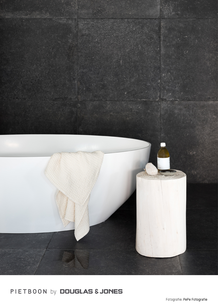 Piet Boon by Douglas & Jones BLACK TILE badkamer