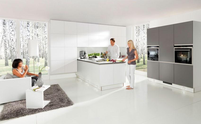 Greeploze design keuken met eiland