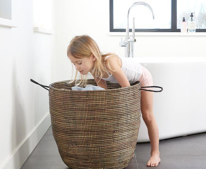Praktische accessoires die je badkamer stijl geven