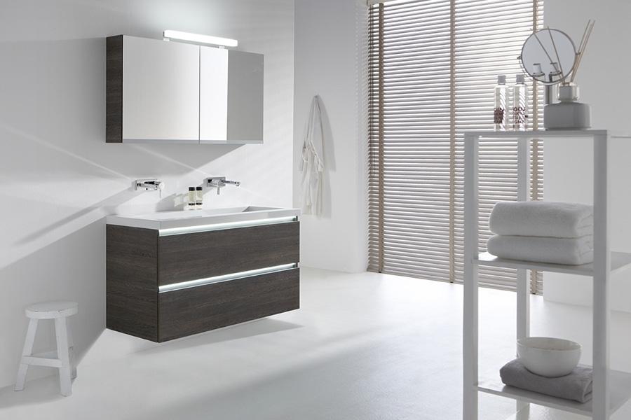 Primabad badkamermeubels toplijn design greeploos product in beeld startpagina voor badkamer - Meubel design badkamer ...