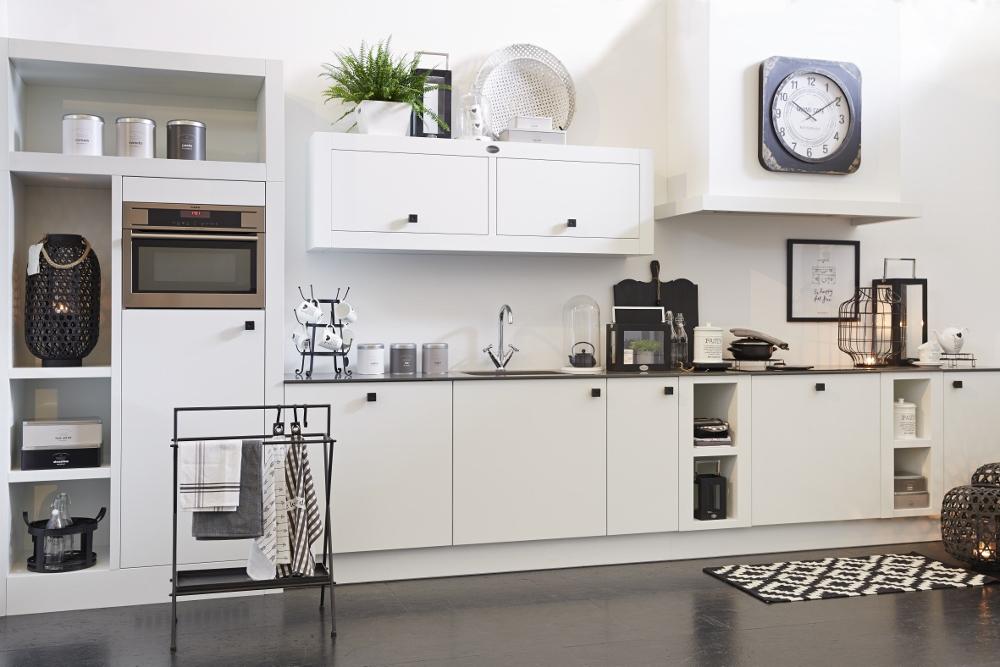 Riverdale Natural wit houten keuken