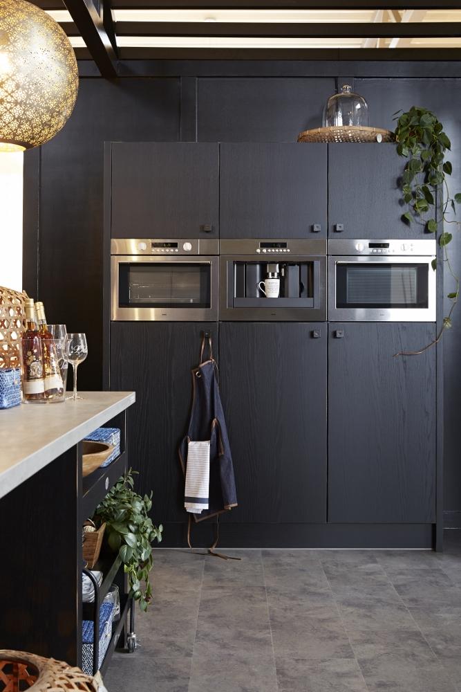 Vintage Keuken Accessoires : Riverdale Vintage houten keuken zwart – Product in beeld – Startpagina