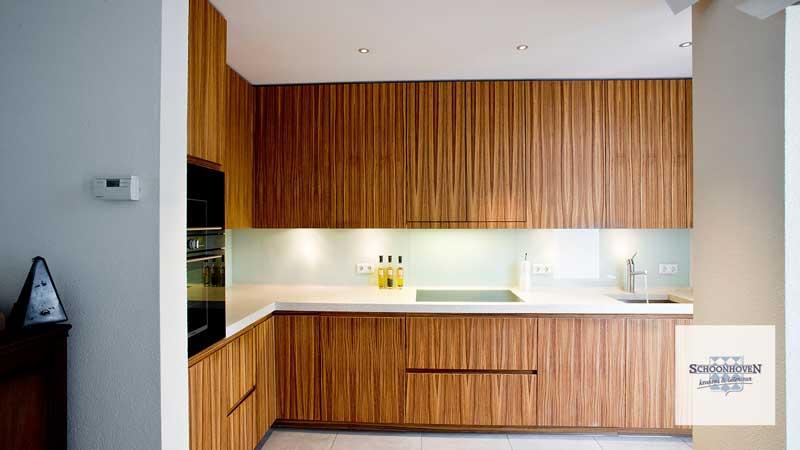 Strakke Witte Keuken : Moderne keukens incl foto s en prijzen db keukens