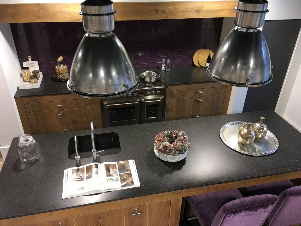 SHOWROOM KEUKEN MODEL MADRID