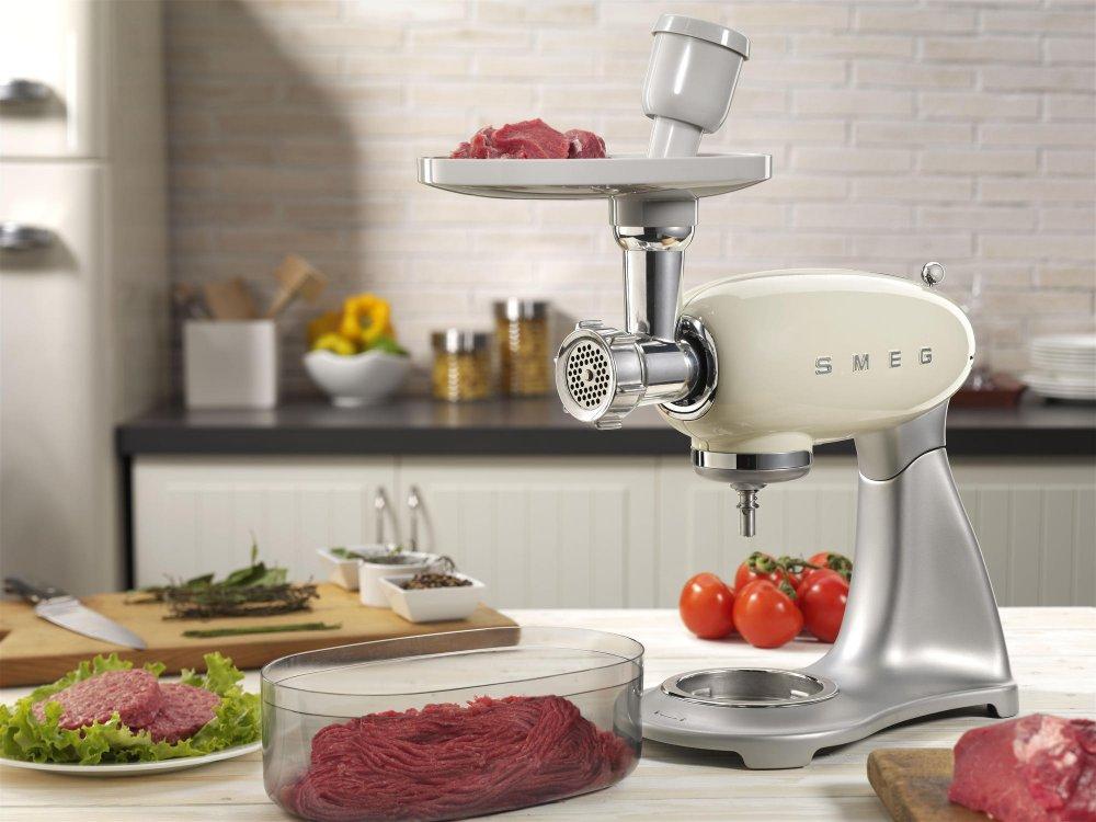 Smeg keukenapparatuur jaren 50 product in beeld startpagina voor keuken idee n uw - Keuken ontwikkeling in l ...