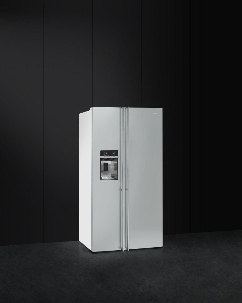 Smeg vrijstaande koel-/vriescombinatie FA63X