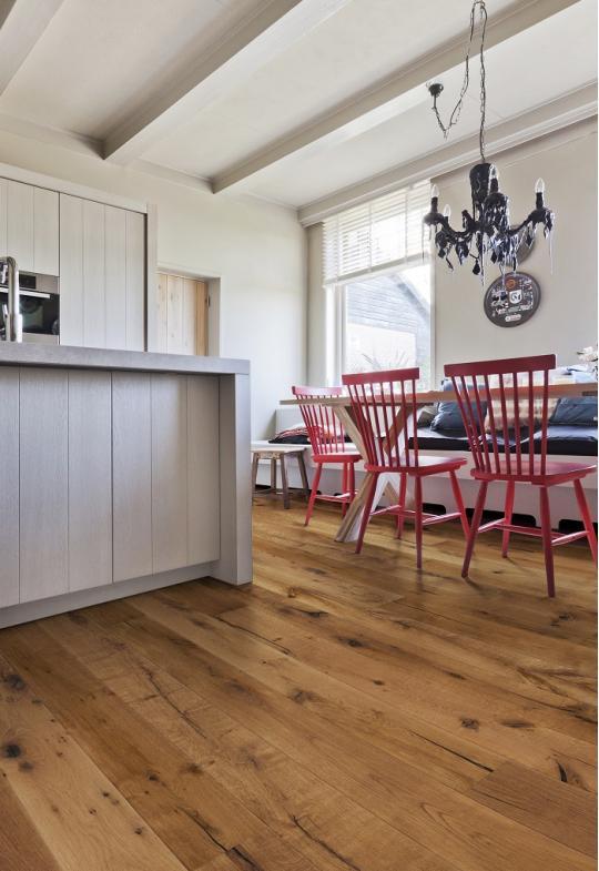 Rustiek gerookte houtenvloer | Solidfloor