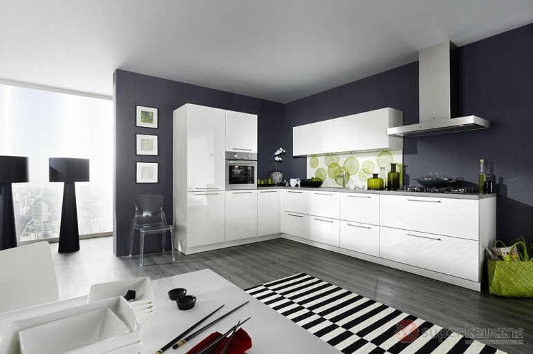 Hoogglans Witte Keuken Met Houten Blad : Superkeukens keuken Franchetti wit hoogglans – Product in beeld