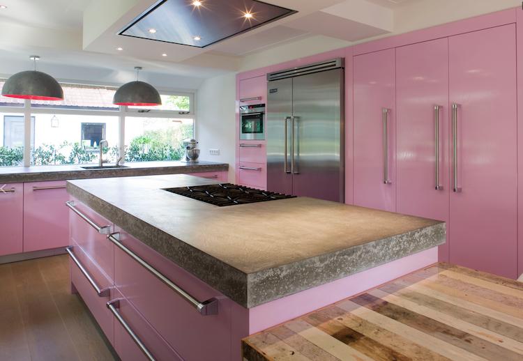 Roze design keuken