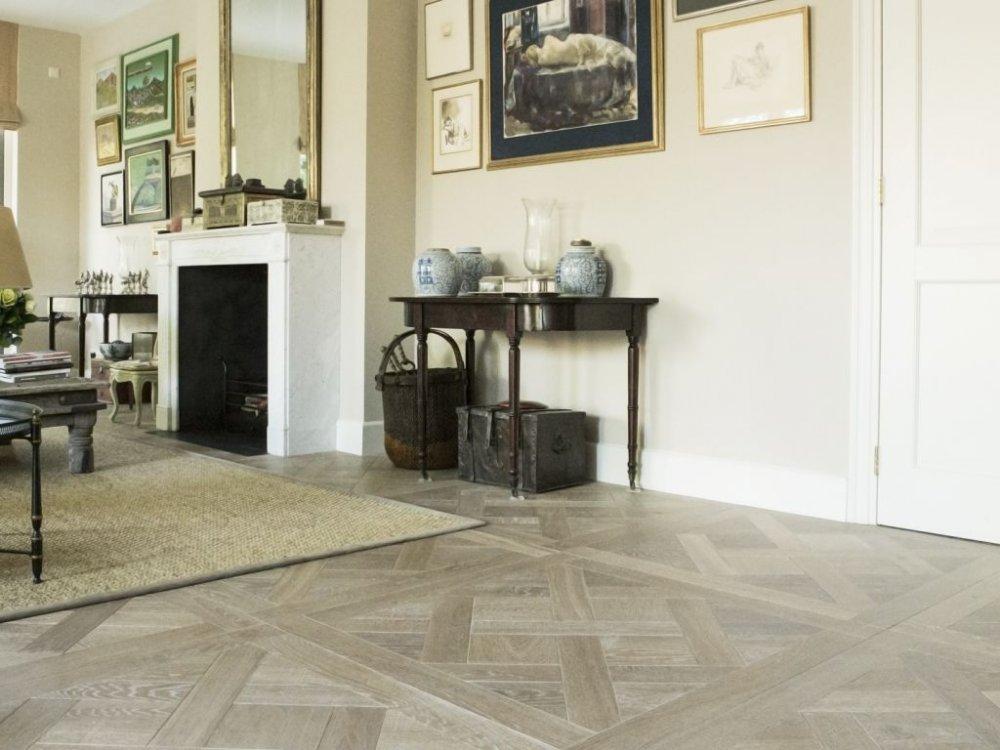 Uipkes houten vloer Versailles patroon
