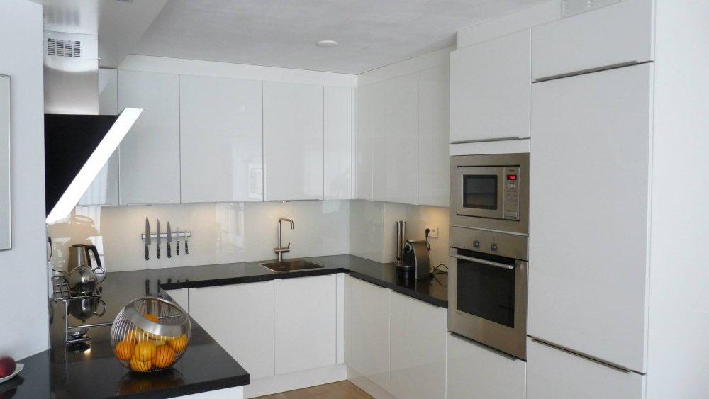 Glazen Achterwand Keuken Monteren : – Product in beeld – Startpagina voor keuken idee?n UW-keuken.nl