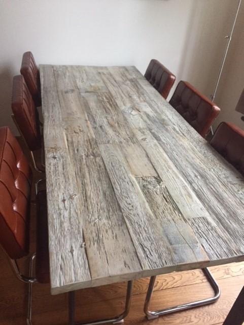 Handgemaakte eettafel van wrakhout | Woodindustries