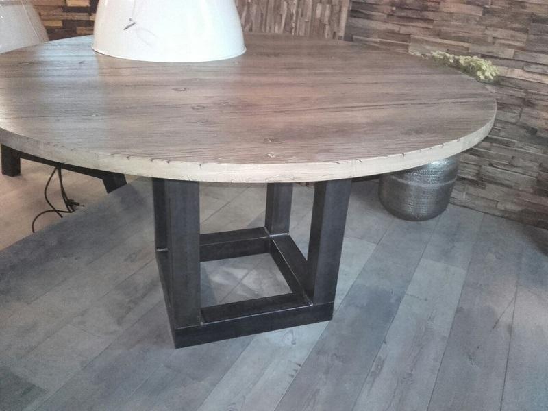 Ronde Eiken Houten Tafel.Woodindustries Eiken Houten Eettafel Op Maat Uw Keuken Nl