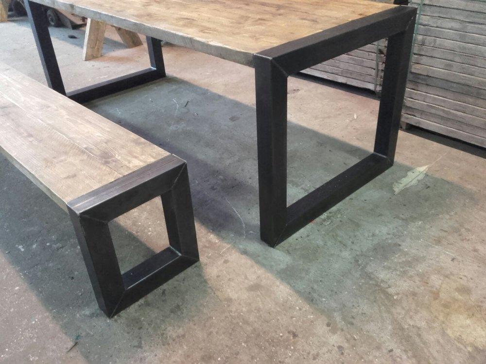Woodindustries Vergadertafels