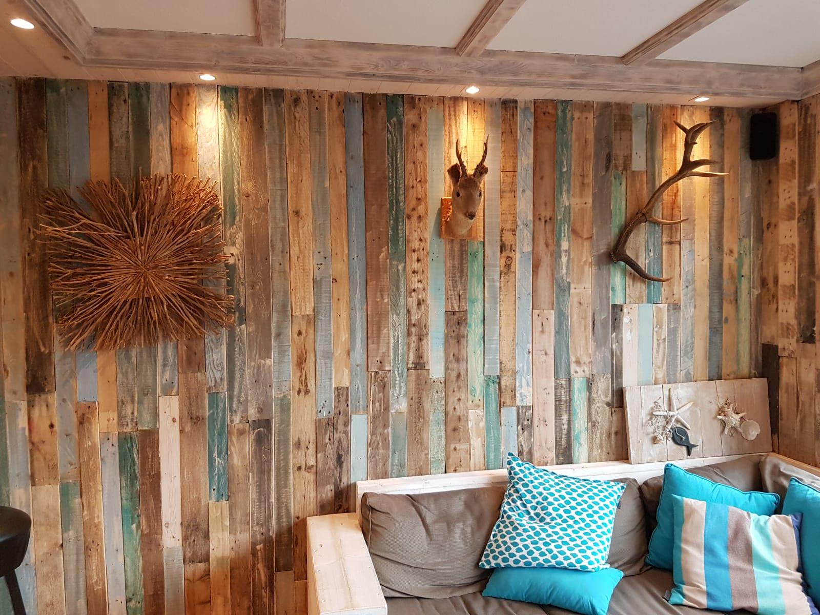 Woodindustries wandbekleding steigerhout