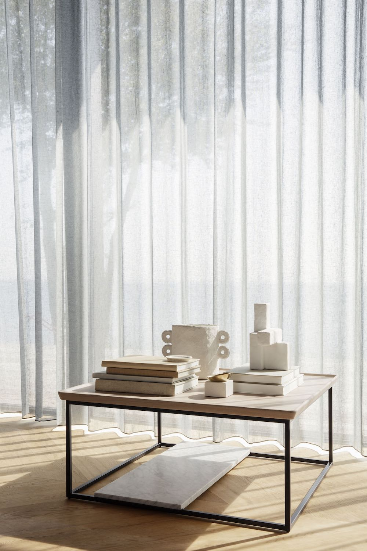 Rolf Benz bijzettafels en salontafels met verschillende functie #bijzettafel #salontafel  #rolfbenz