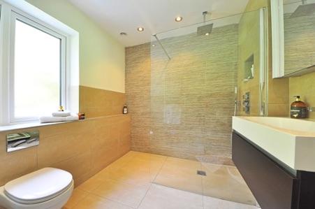 Een fijne douche naar jouw zin #douche #inloopdouche #douchewand