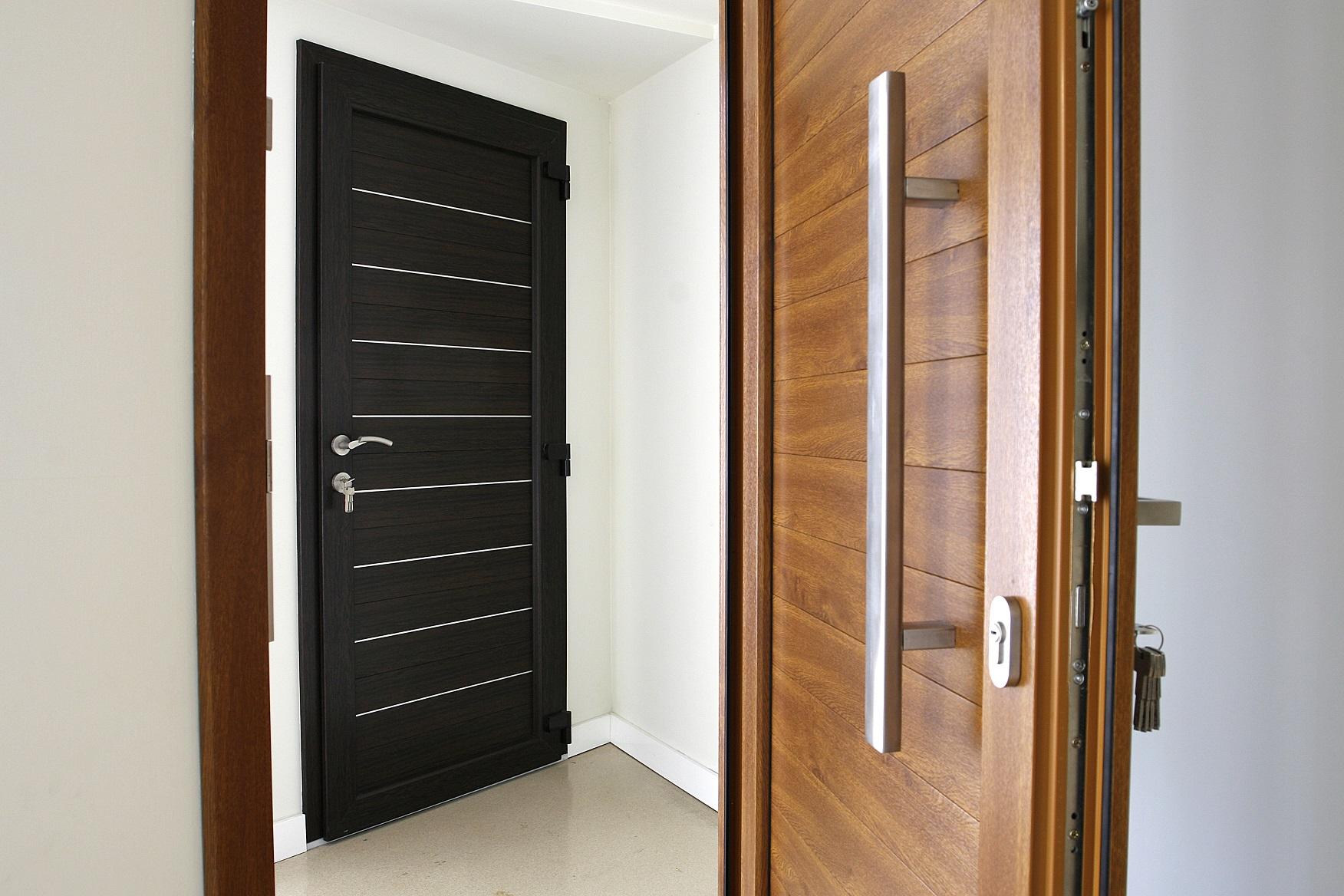 Nieuwe voordeur kopen? Kunststof voordeuren en houten voordeuren #voordeur #voordeuren