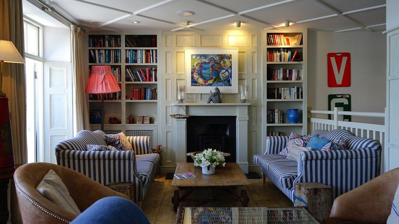 Interieurtips voor woonkamers met een haard #woonkamer #haard #interieurtips