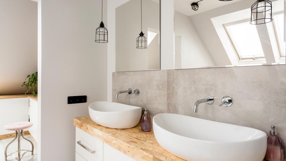 In dit artikel zetten we de 5 essentiële badkamermeubels voor de badkamer op een rij #badkamer #badkamermeubels #badkameridee #inspiratie