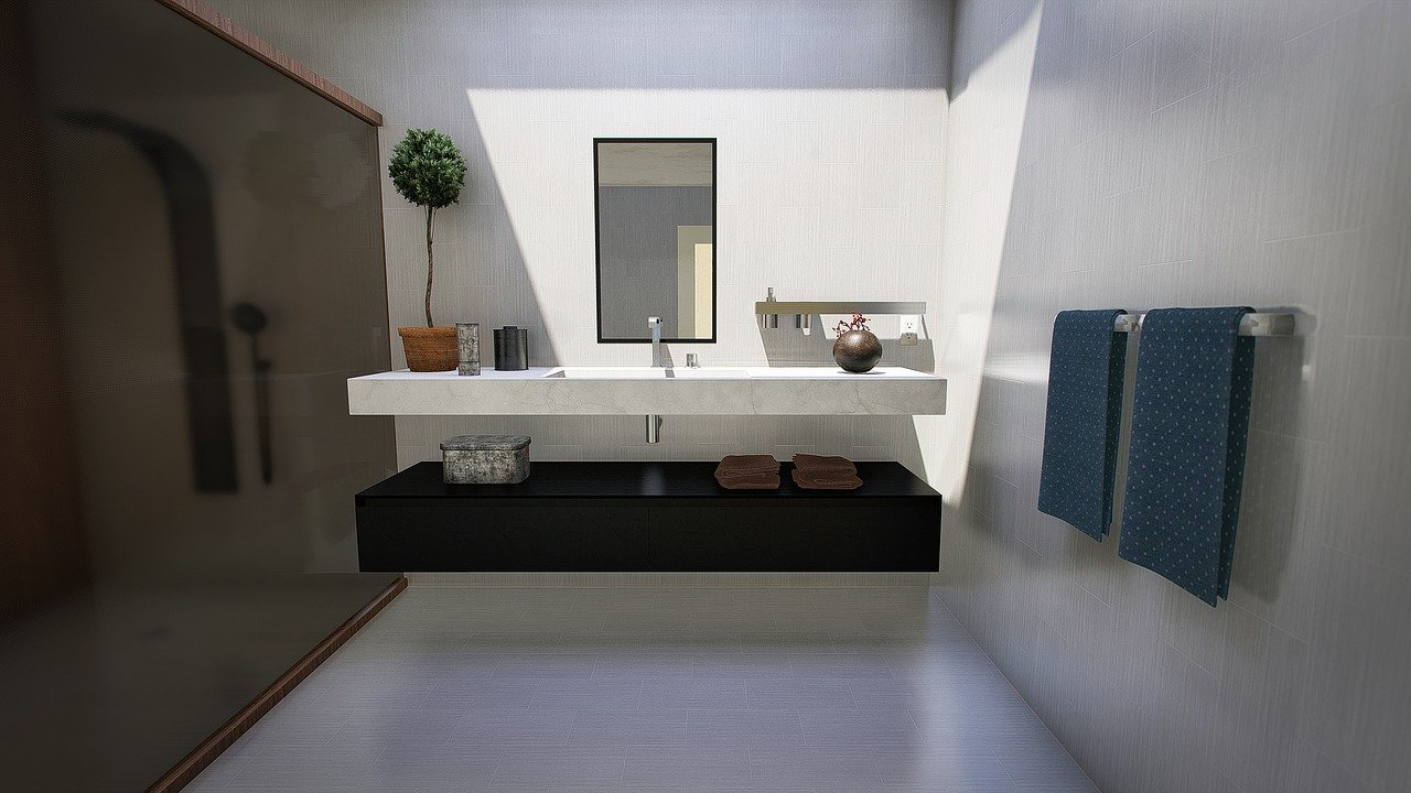 Een badkamer op zolder is ideaal wanneer je een tweede badkamer in huis wilt #badkamer #zolder #tips #verbouwen
