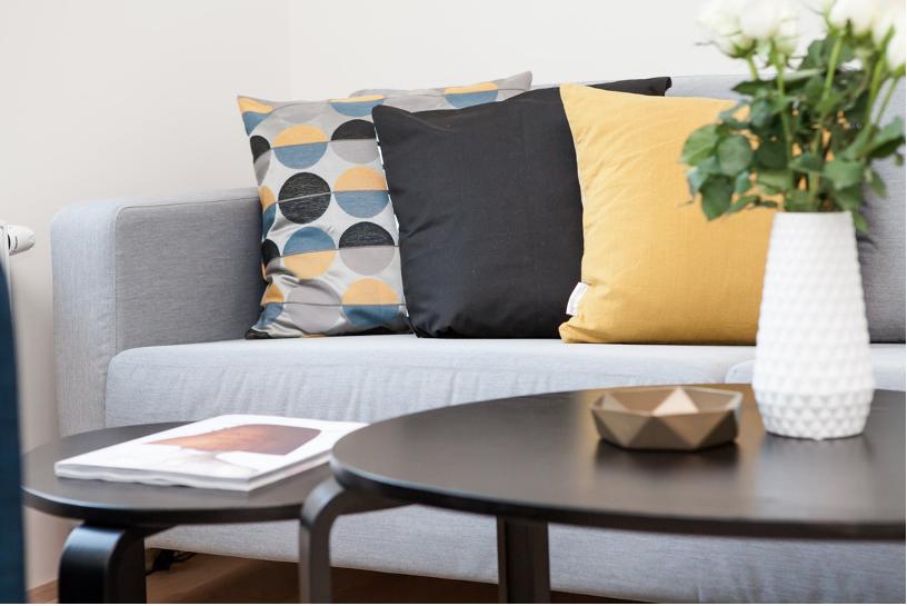 Een strak interieur toch persoonlijk maken #interieur #tips #styling #interieuridee