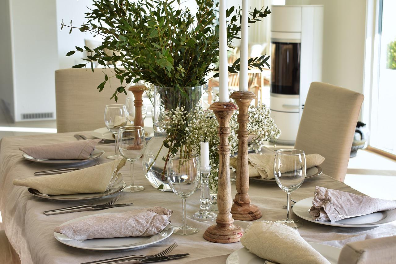 Zo maak je van je eethoek een sfeervol geheel #eetkamer #eethoek #woonkeuken #eettafel #interieur