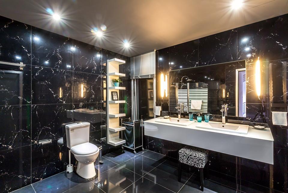 Badkamerinspiratie. Je badkamer aanpassen? Er zijn verschillende opties. Badkamertegeles #badkamer #badkamertegels #badkamerinspiratie
