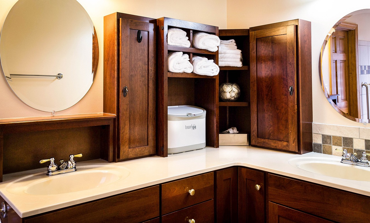 Badkamerinspiratie. Stellingkast in de badkamer #badkamer
