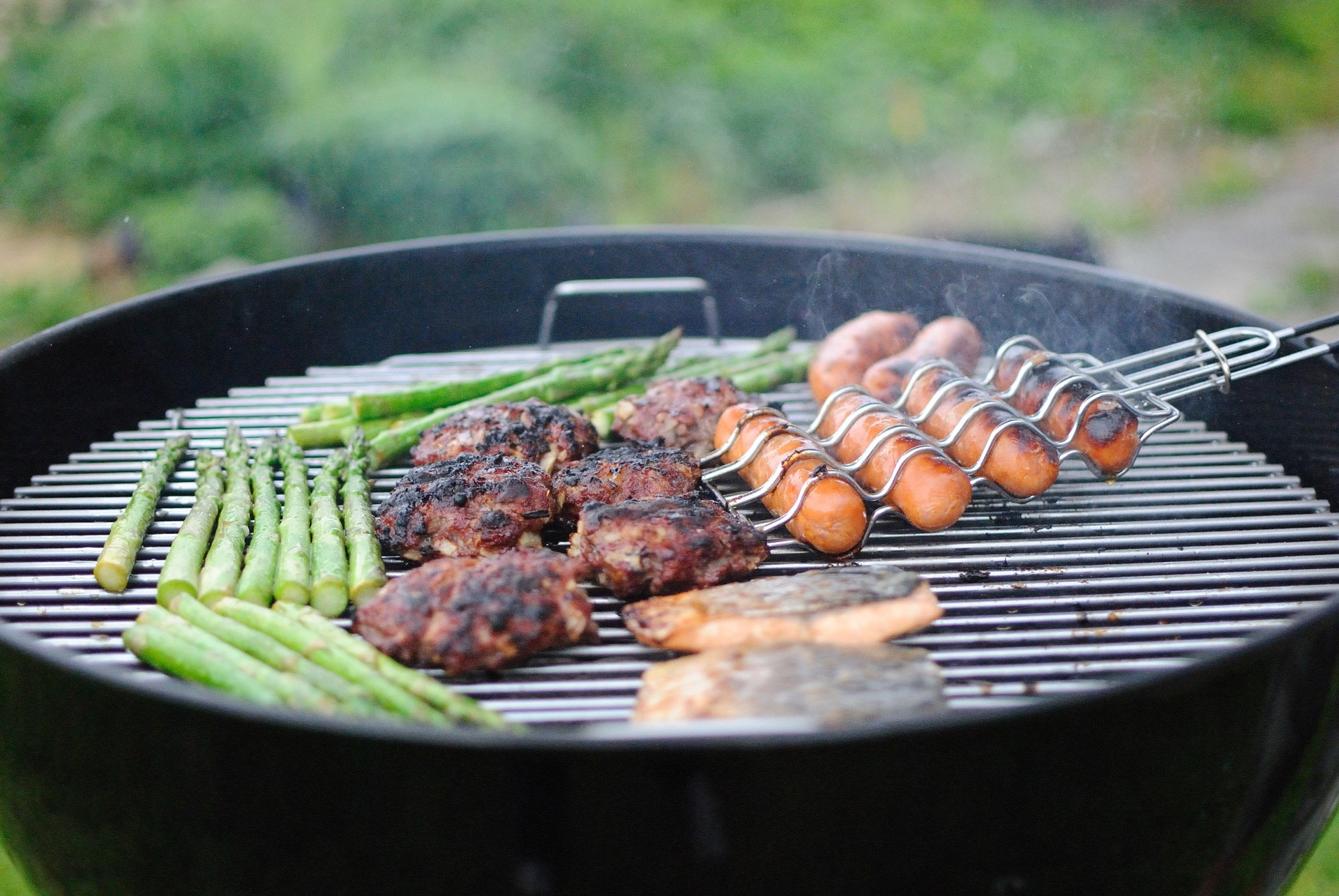 De musthaves voor de perfecte barbecue #bbq #tuin #tuintrends