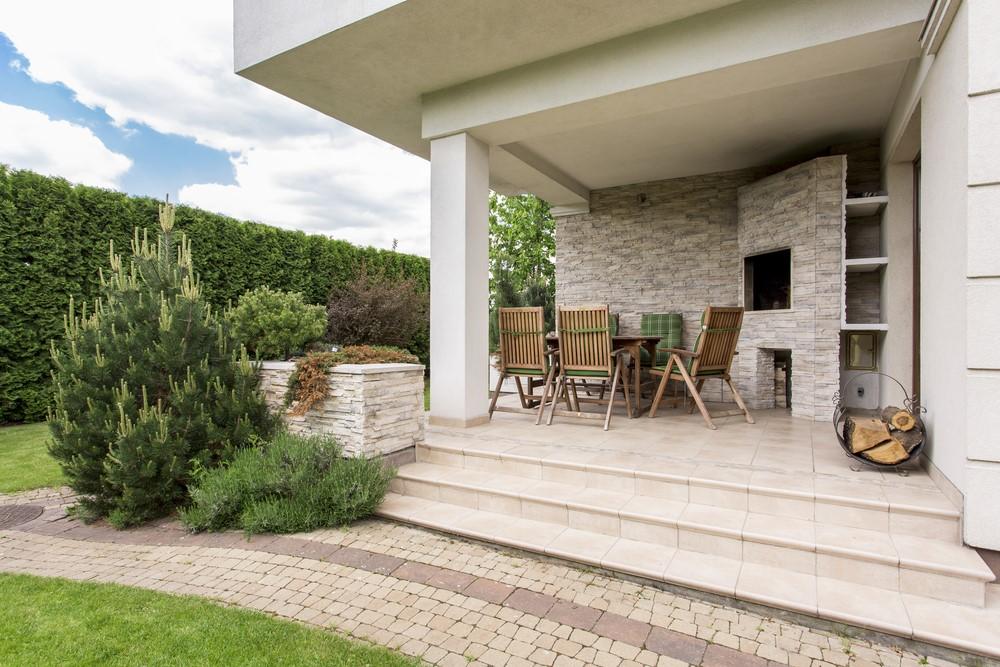 Tips om optimaal van je tuin te genieten bij mooi weer #tuin #tuininspiratie #tuintips #terras