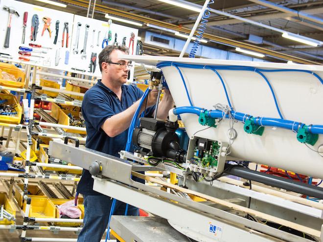 Blog UW-Woonmagazine Baden van Villeroy en Boch Dutch Design door Styling ID Productieproces Quaryl® jets