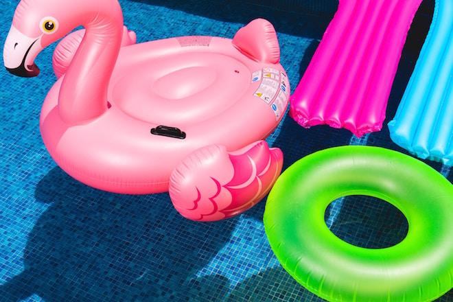 UW-woonmagazine blog Een zwembad in eigen tuin is fantastisch van Styling ID 2