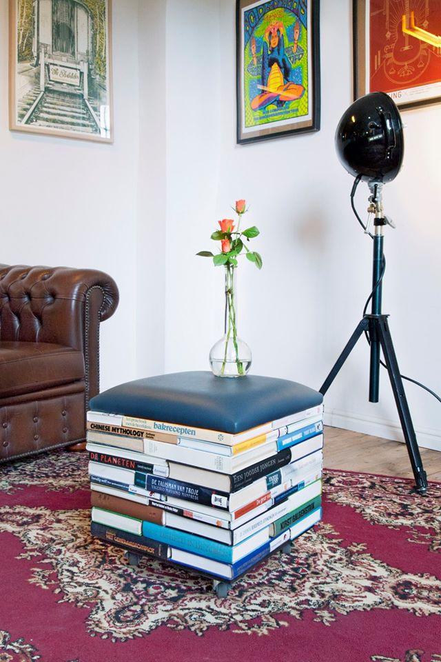 UW-woonmagazine handgemaakte BookPouf hergebruik boeken