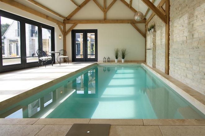 Ongestoord trainen in eigen zwembad compass pools binnen